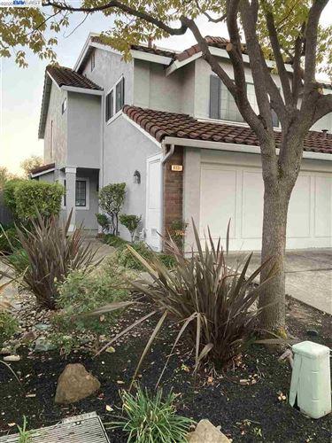 Photo of 6931 Lariat Ln, CASTRO VALLEY, CA 94552 (MLS # 40932959)
