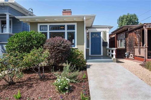 Photo of 5373 Shafter Ave, OAKLAND, CA 94618 (MLS # 40920960)