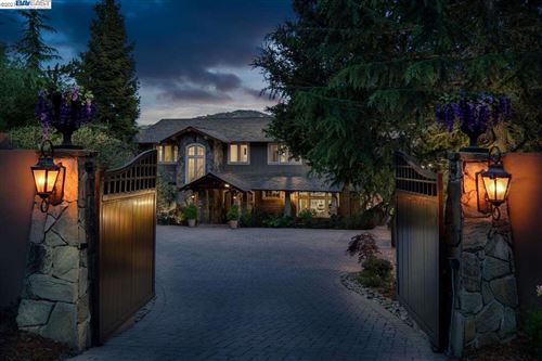 Photo of 20115 Orchard Meadow Dr, SARATOGA, CA 95070 (MLS # 40948961)