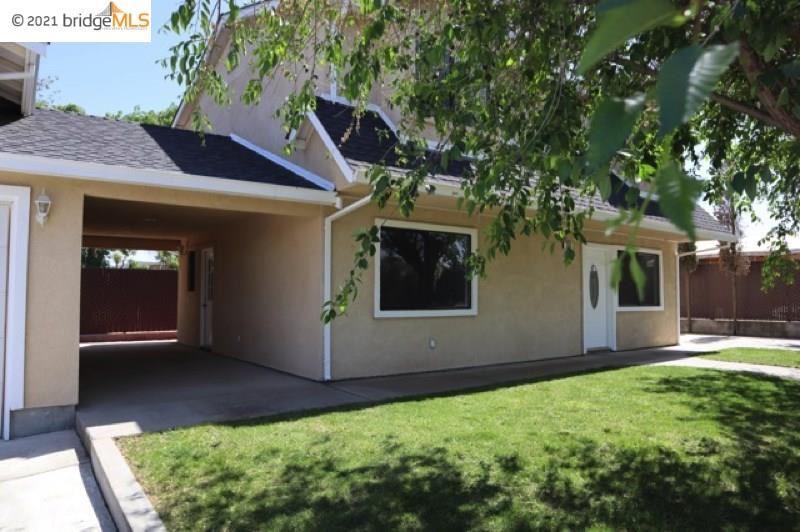Photo of 2940 Pine Cone Ln, OAKLEY, CA 94561 (MLS # 40944962)