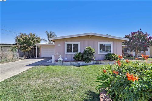 Photo of 4392 Porter St, FREMONT, CA 94538 (MLS # 40967963)