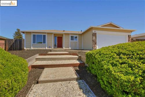 Photo of 1402 Springhill Dr, PITTSBURG, CA 94565 (MLS # 40900964)