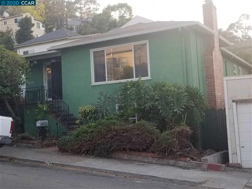 Photo of 842 6Th Ave, CROCKETT, CA 94525 (MLS # 40925965)