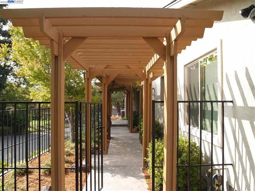 Tiny photo for 703 Paradise Valley Ct, DANVILLE, CA 94526 (MLS # 40920966)
