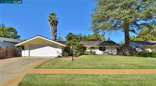 Photo of 1671 Lindenwood Dr, CONCORD, CA 94521 (MLS # 40926966)