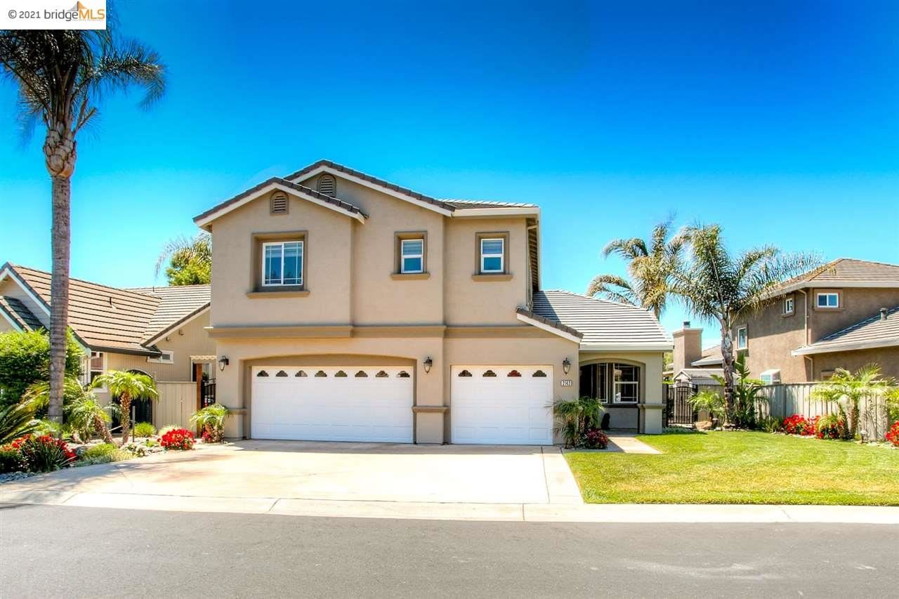 Photo of 2142 Prestwick Dr, DISCOVERY BAY, CA 94505 (MLS # 40948967)