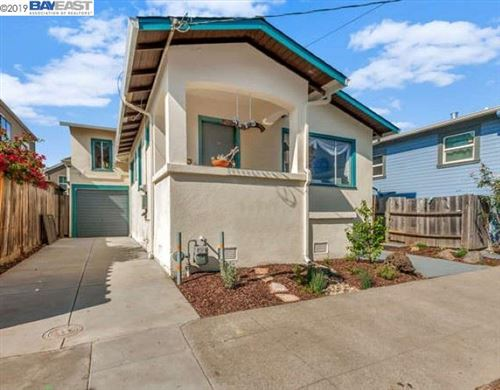 Photo of 4815 Shafter Ave, OAKLAND, CA 94609 (MLS # 40885970)