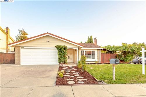 Photo of 5026 Anaheim Loop, UNION CITY, CA 94587 (MLS # 40910972)