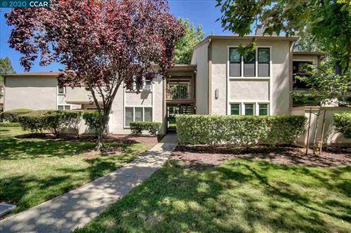 Photo of 385 Camelback Rd #28, PLEASANT HILL, CA 94523 (MLS # 40919972)