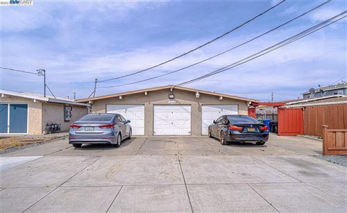 Photo of 37184 Oak St, NEWARK, CA 94560 (MLS # 40956973)