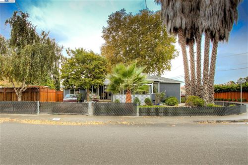 Photo of 327 Ano Ave, San Lorenzo, CA 94580 (MLS # 40971974)