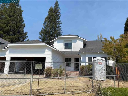 Photo of 21 Old Rodgers Ranch Ct, PLEASANT HILL, CA 94523 (MLS # 40906975)