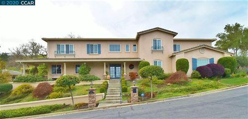 Photo of 515 Bourne Ln, DANVILLE, CA 94506 (MLS # 40922976)