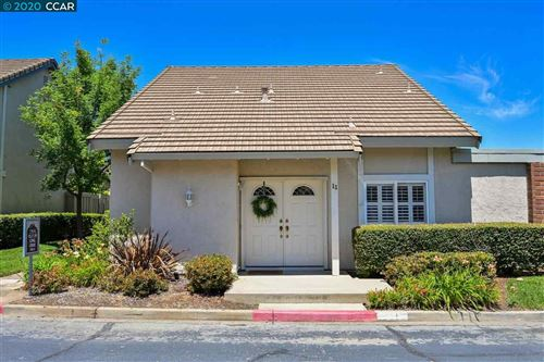 Photo of 11 Long Creek Cir, CLAYTON, CA 94517 (MLS # 40905978)