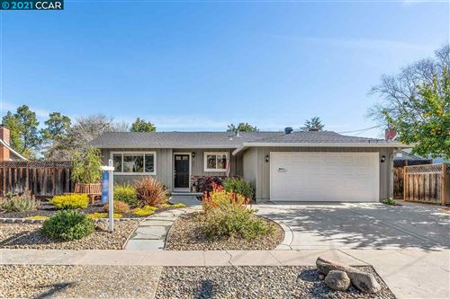 Photo of 984 Oasis Dr, CONCORD, CA 94518 (MLS # 40939979)