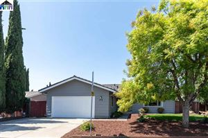 Photo of 133 Gable Dr, FREMONT, CA 94539 (MLS # 40874981)