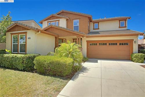 Photo of 5605 Mcfarlan Ranch Dr, ANTIOCH, CA 94531 (MLS # 40915981)