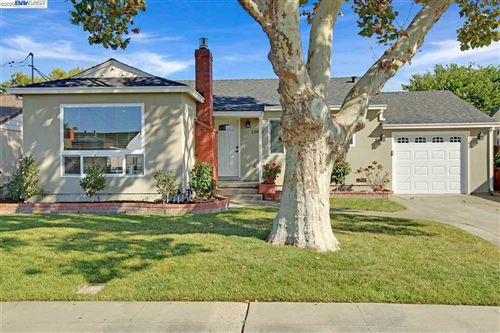 Photo of 15060 Thoits St, SAN LEANDRO, CA 94579 (MLS # 40926981)
