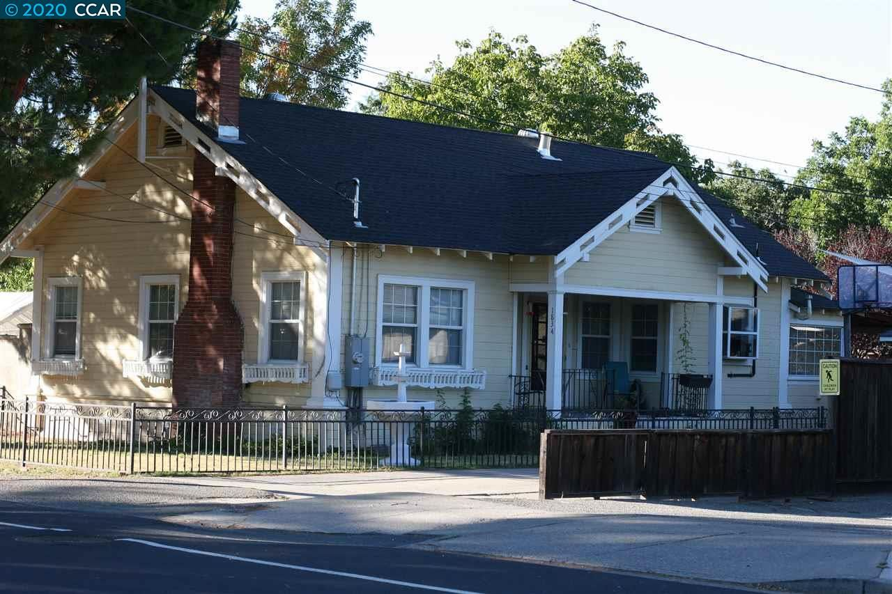 Photo of 1832 Clayton Way, CONCORD, CA 94519 (MLS # 40925981)