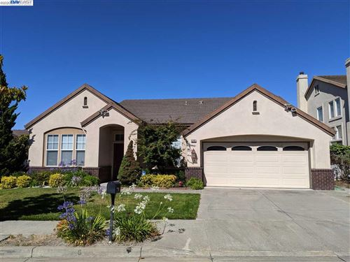 Photo of 43401 Laurel Glen Cmn, FREMONT, CA 94539-3400 (MLS # 40910982)