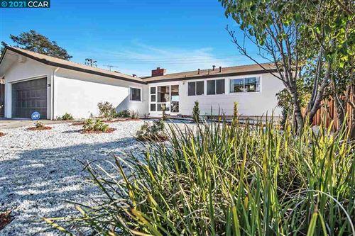 Photo of 2866 Gonzaga Ave, RICHMOND, CA 94806 (MLS # 40934982)