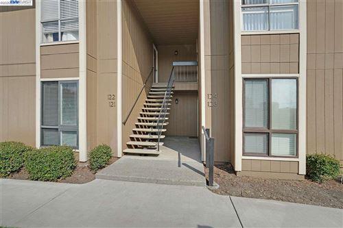 Photo of 8975 Alcosta Blvd #121, SAN RAMON, CA 94583-4025 (MLS # 40922984)