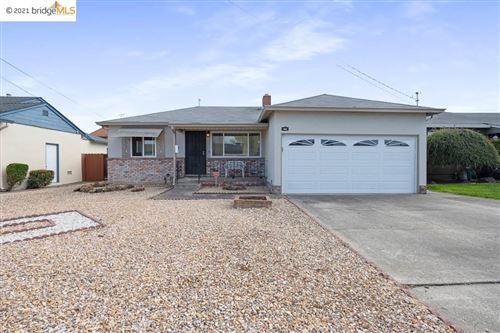 Photo of 442 Lloyd Ave, SAN LEANDRO, CA 94578 (MLS # 40944985)