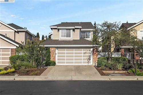 Photo of 14 Spring Garden Ct, SAN RAMON, CA 94583 (MLS # 40925986)