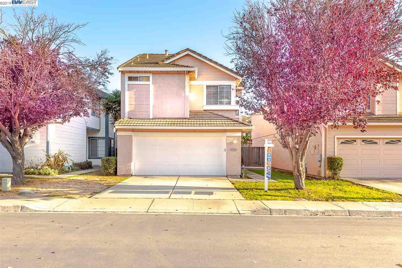 Photo for 35876 Killorglin Cmn, FREMONT, CA 94536 (MLS # 40889986)