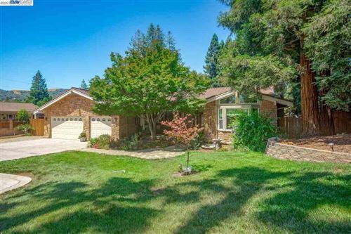 Photo of 554 Freitas Road, DANVILLE, CA 94526-4154 (MLS # 40955987)
