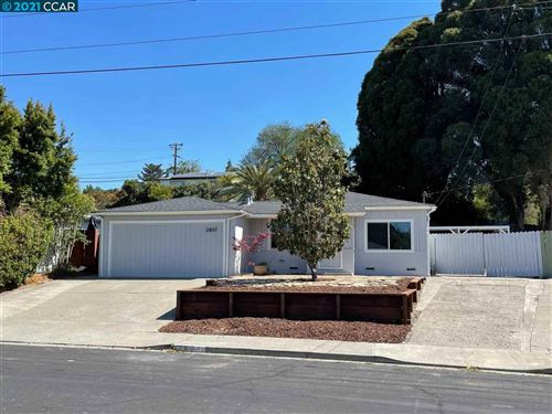 Photo of 2807 Ruff Ave, PINOLE, CA 94564 (MLS # 40954988)
