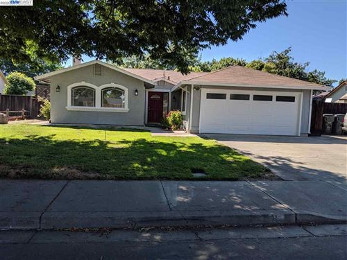 Photo of 548 Curlew Rd, LIVERMORE, CA 94551 (MLS # 40900990)