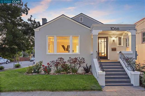 Photo of 1066 59Th St, OAKLAND, CA 94608 (MLS # 40910990)