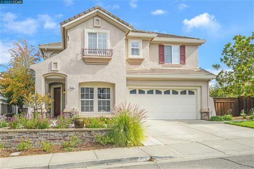 Photo of 414 Iron Hill St, Pleasant Hill, CA 94523 (MLS # 40970990)