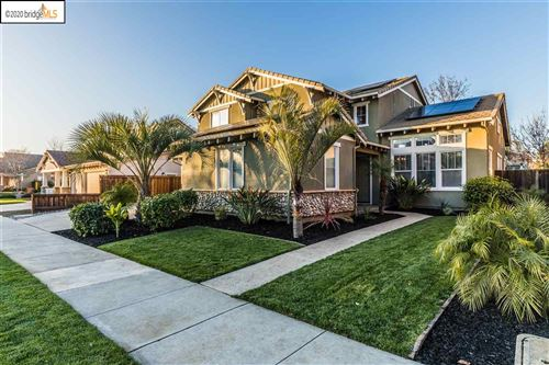 Photo of 1017 Meadow Brook Dr, BRENTWOOD, CA 94513 (MLS # 40892992)