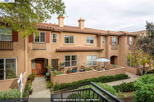 Photo of 32 Meritage Common #102, LIVERMORE, CA 94551 (MLS # 40892993)