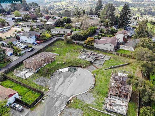 Photo of 202 Valley View Ct, EL SOBRANTE, CA 94803 (MLS # 40899993)