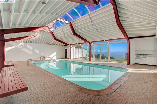 Photo of 1455 Vista Rd, EL CERRITO, CA 94530-2508 (MLS # 40915995)