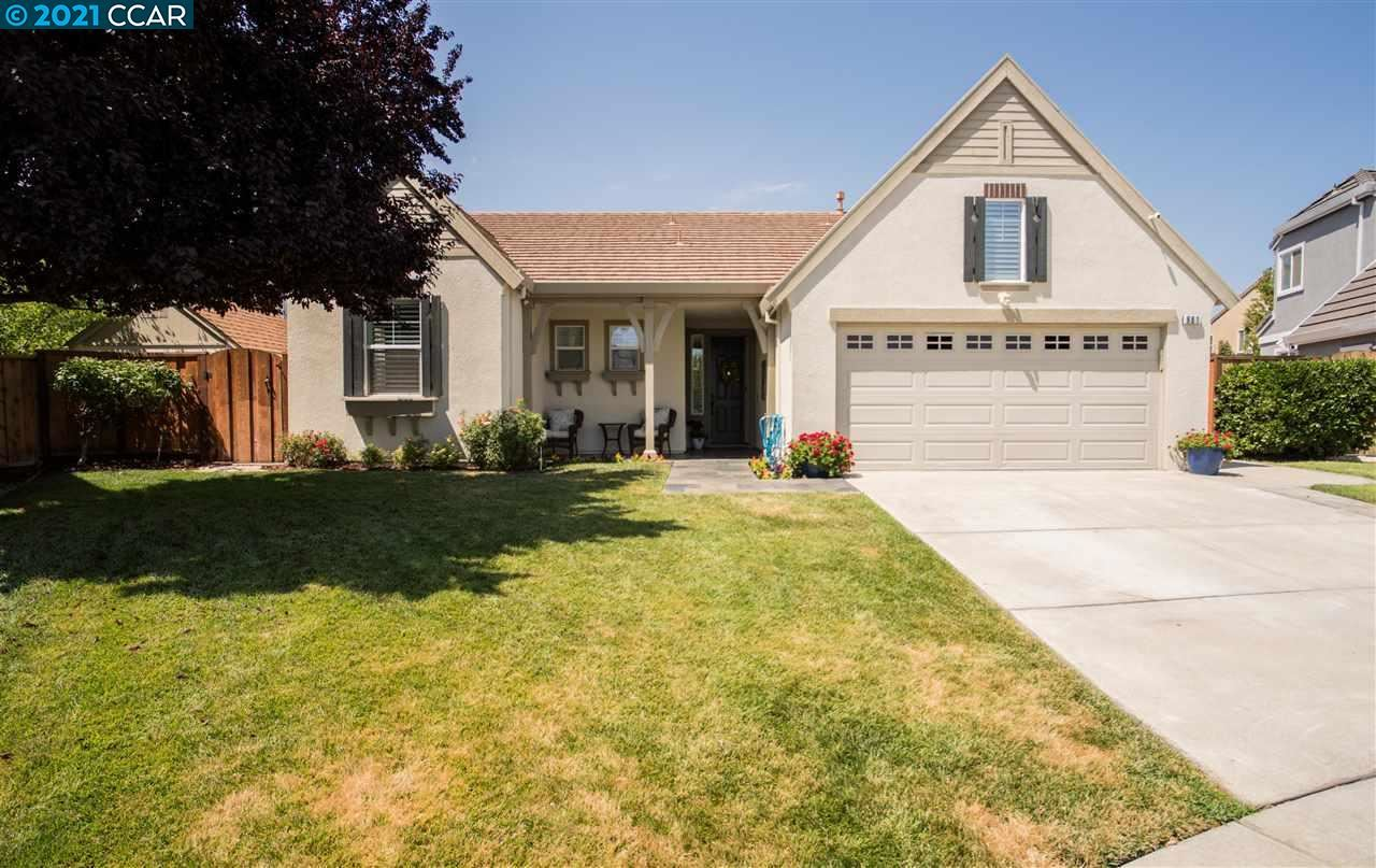 Photo of 681 Ashford Pl, BRENTWOOD, CA 94513 (MLS # 40960995)
