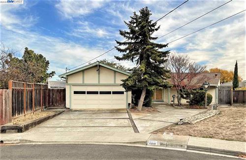 Photo of 15247 Laverne Ct, SAN LEANDRO, CA 94579 (MLS # 40930998)