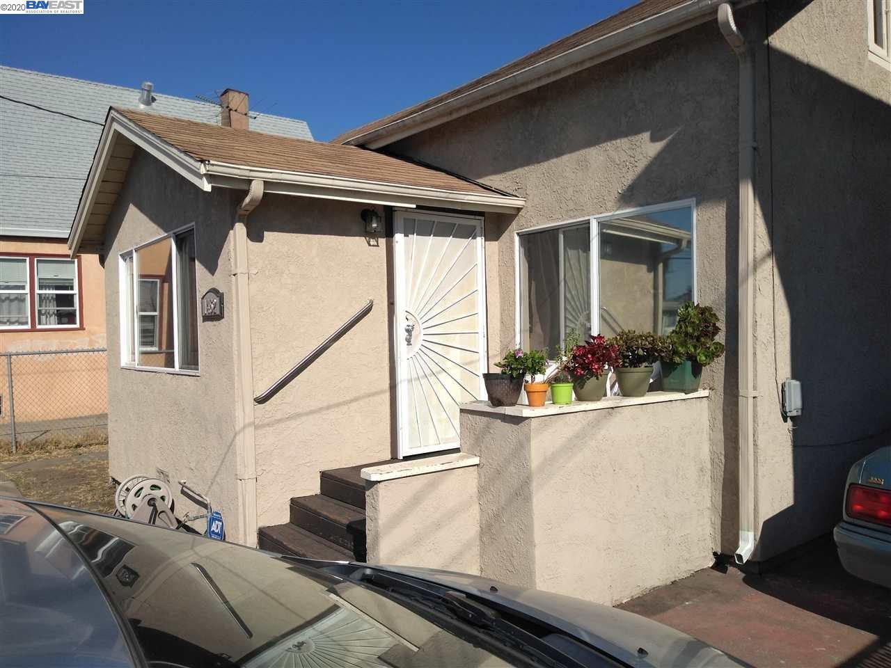 Photo for 1452 88Th Ave, OAKLAND, CA 94621 (MLS # 40914999)