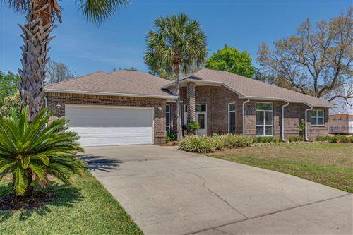 Photo of 6942 Turnberry Circle, Navarre, FL 32566 (MLS # 844110)