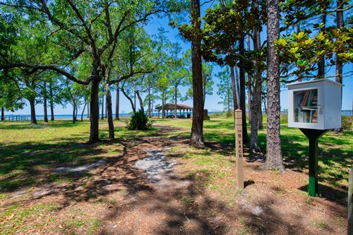 Photo of 23 Newcastle Court, Niceville, FL 32578 (MLS # 836210)