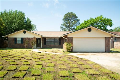 Photo of 35 Lakeview Drive, Mary Esther, FL 32569 (MLS # 844316)