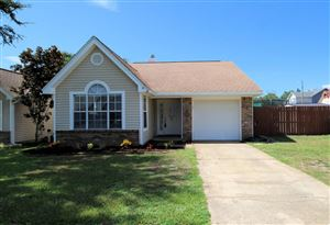 Photo of 315 Woodland Park Circle, Mary Esther, FL 32569 (MLS # 811406)