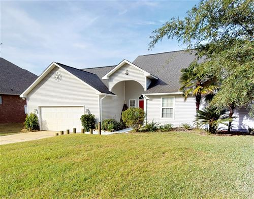 Photo of 3888 Paradise Bay Drive, Gulf Breeze, FL 32563 (MLS # 835525)