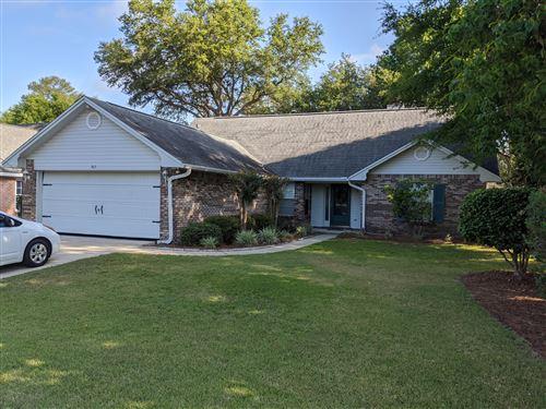 Photo of 305 Parkwood Place, Niceville, FL 32578 (MLS # 850528)