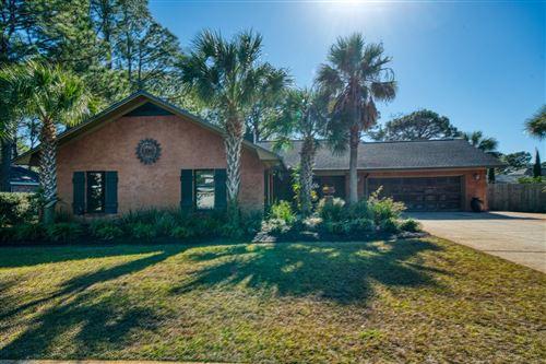 Photo of 8 E Country Club Drive, Destin, FL 32541 (MLS # 862597)