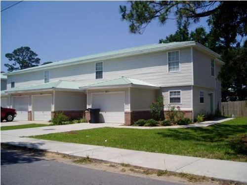 Photo of 102 Church Avenue #B, Fort Walton Beach, FL 32548 (MLS # 813616)