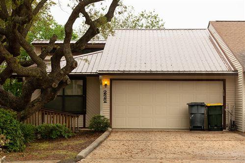 Photo of 222 NW Thomas Court, Fort Walton Beach, FL 32548 (MLS # 869616)